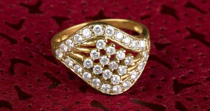 Królewski pierścień za 19 funtów